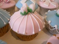 Wedding_cupcake_pink_rose2.jpg